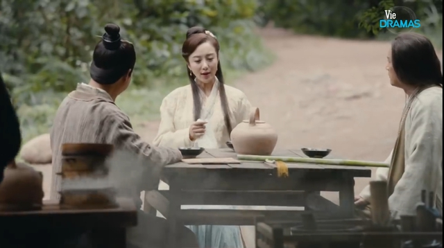 Kiếm hiệp Kim Dung: Chân dung người vợ vừa xinh đẹp lại tài giỏi của Hoàng Dược Sư - Ảnh 2.