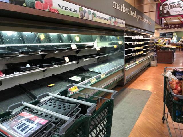 Vô duyên vô cớ, siêu thị phải đổ bỏ hàng tấn thực phẩm sạch trị giá gần 1 tỷ đồng vì hành động thiếu ý thức của một người phụ nữ - Ảnh 4.