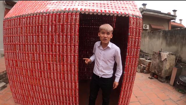 Con trai Bà Tân Vlog sống thử trong ngôi nhà Coca, đáp trả chỉ trích gây lãng phí, ô nhiễm - Ảnh 3.