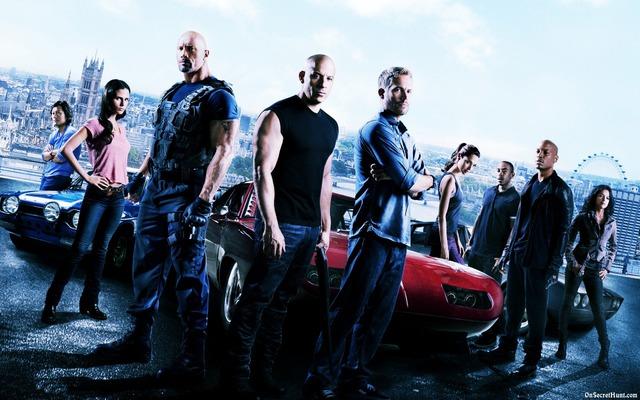 Là thương hiệu hành động tốc độ đình đám, các bộ phim Fast & Furious đã phá hủy bao nhiêu chiếc xe hơi? - Ảnh 1.