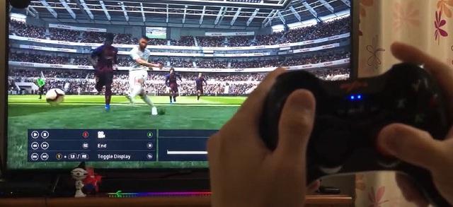 Chơi FIFA, Call of Duty: Warzone... bằng tay cầm gaming với giá chưa đầy 500 nghìn đồng - Ảnh 2.