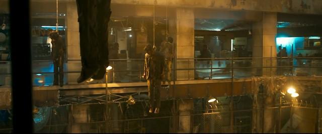 Train to Busan 2 tung trailer gay cấn đến nghẹt thở, đàn zombie đã quay trở lại và nguy hiểm gấp bội - Ảnh 4.