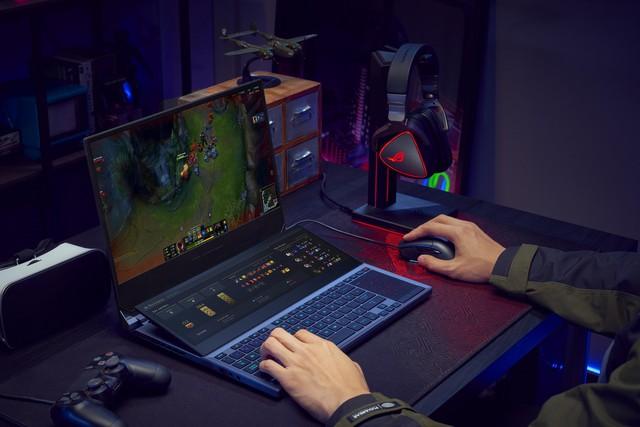ASUS bất ngờ tung ra mẫu laptop gaming Zephyrus Duo 15: CPU Core i9, 32GB RAM, hai màn hình như trong phim viễn tưởng - Ảnh 3.