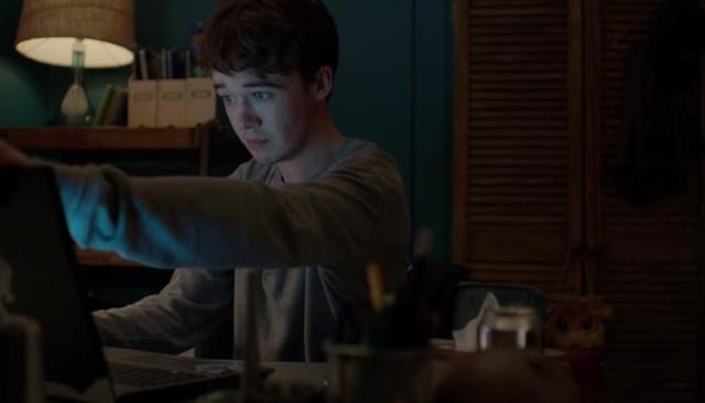 Loạt phim kinh dị hấp dẫn trên Netflix: Annabelle hay IT vẫn nhẹ nhàng chán, đây mới là ám ảnh kinh hoàng! - Ảnh 2.