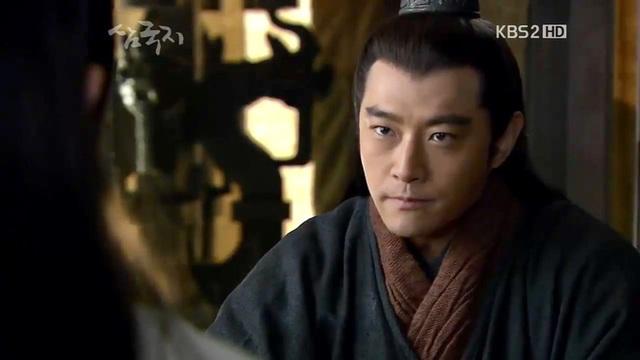 Tam quốc diễn nghĩa: Tào Tháo và Lưu Bị nói gì về Chu Du sau trận Xích Bích? - Ảnh 3.