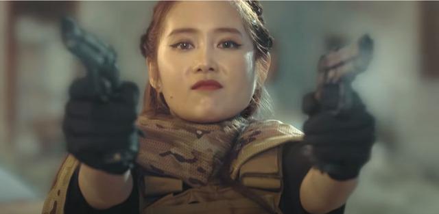 """Cris Phan và cô vợ hot girl Noob Mai Quỳnh Anh phá đảo chiến trường Call of Duty: Mobile VN với tuyên bố """"Tôi là chiến binh CODM"""" - Ảnh 5."""