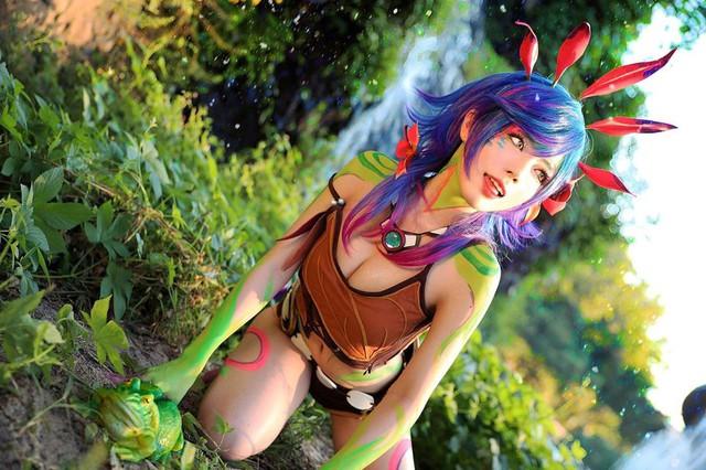 Quên luôn bản gốc với những màn hóa thân thành cô nàng Hồ ly Ahri nóng từng centimet của nữ cosplayer xứ kim chi - Ảnh 14.