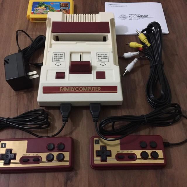 Điện tử 4 nút, vở giấy Bãi Bằng và những vật phẩm đã từng là bất ly thân với thế hệ game thủ 8-9x đời đầu - Ảnh 1.