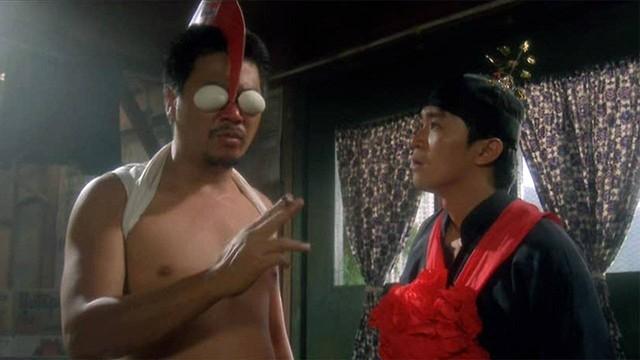 Châu Tinh Trì từng đối đầu hai cao thủ võ thuật thực sự trên phim của mình - Ảnh 2.
