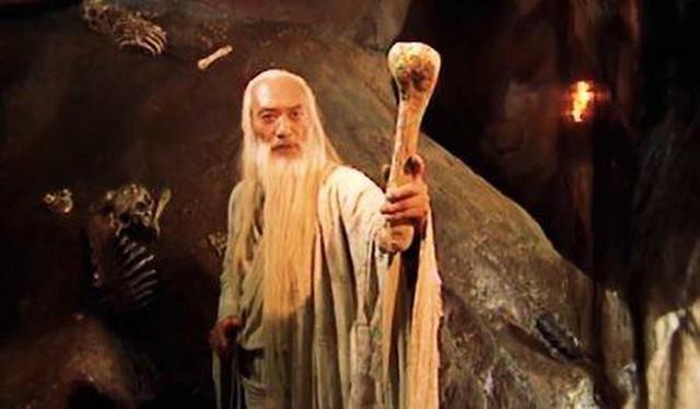Kiếm hiệp Kim Dung: Những cao thủ dùng kiếm giỏi nhất võ lâm được giang hồ kính nể - Ảnh 3.