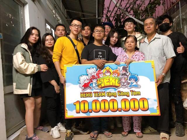 Hero Team - Nhóm Youtuber nổi tiếng sở hữu hàng tỷ lượt xem gây quỹ ủng hộ Việt Nam chống đại dịch Covid19 - Ảnh 3.