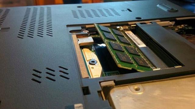 8 mẹo nhỏ giúp laptop của bạn lâu bị chai pin - Ảnh 6.