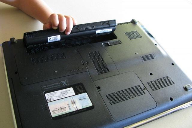 8 mẹo nhỏ giúp laptop của bạn lâu bị chai pin - Ảnh 7.