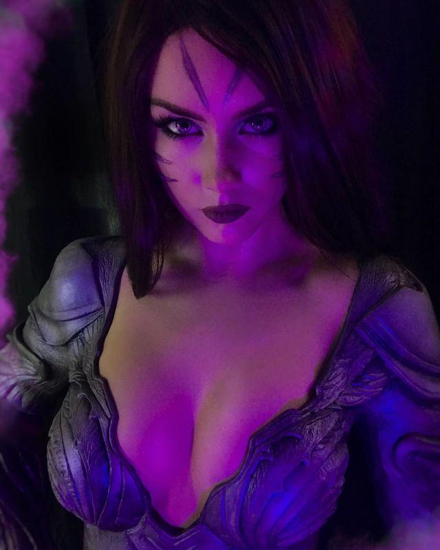 Nóng con mắt bên trái, nhức con mắt bên phải với siêu phẩm cosplay KaiSa của mỹ nhân xứ Bạch dương - Ảnh 3.