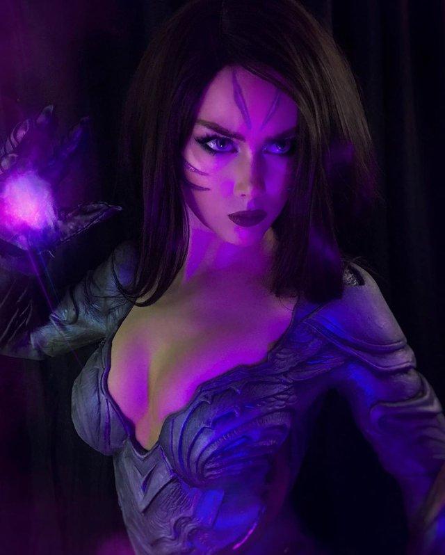 Nóng con mắt bên trái, nhức con mắt bên phải với siêu phẩm cosplay KaiSa của mỹ nhân xứ Bạch dương - Ảnh 4.