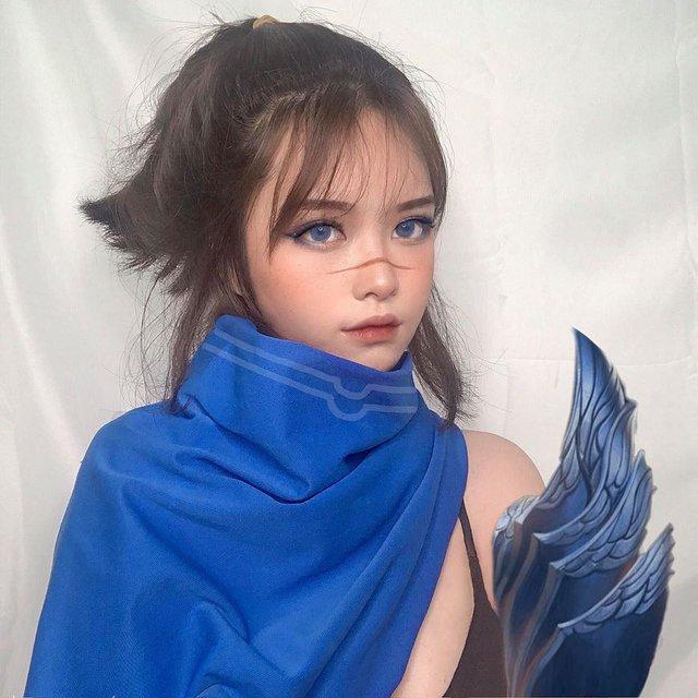 Thánh nữ Kaisa trở lại với Illaoi phiên bản xinh như thiên thần, make up sương sương cũng nhận về nghìn like - Ảnh 3.