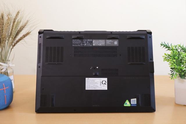 """ASUS ROG Zephyrus G15: Laptop gaming của """"phe đỏ"""" AMD cực mạnh mà giá rất hợp lý - Ảnh 8."""