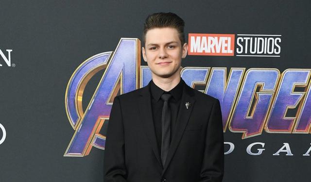 Là 1 vai siêu phụ trong Endgame nhưng anh chàng này đã biết Iron Man sẽ hi sinh từ năm 2017, trước cả một số diễn viên chính - Ảnh 2.