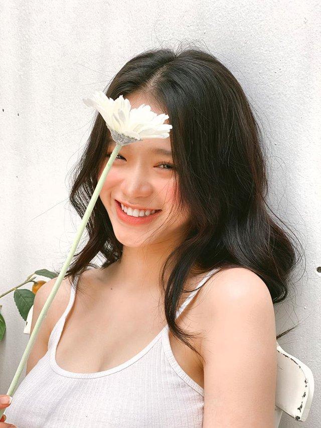 Đăng ảnh chụp chung với Jun Vũ, Linh Ka khiến cộng đồng mạng trầm trồ: Nhìn như hai chị em - Ảnh 1.