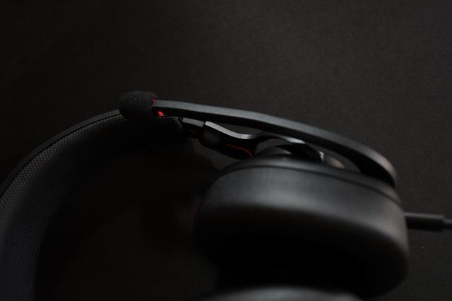 JBL Quantum 400 - Tai nghe gaming tuyệt hảo đến từ ông lớn làng âm thanh - Ảnh 8.