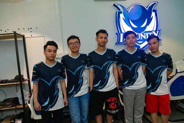 Hơn cả chuyện cổ tích: Lần đầu tiên một đội tuyển Việt Nam đánh bại T1 hùng mạnh trong trận Bo3 - Ảnh 2.