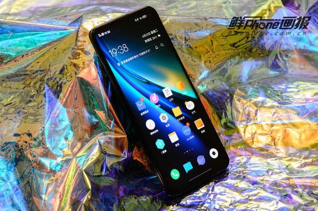 """Top smartphone cấu hình khủng không ngán """"con game"""" nào, chấp tất cả bom tấn nặng nhất - Ảnh 4."""