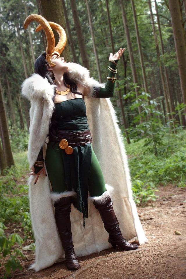 Ngắm thần lừa lọc Loki hóa mỹ nhân bốc lửa, 3 vòng đâu ra đấy qua loạt ảnh cosplay gợi cảm - Ảnh 17.