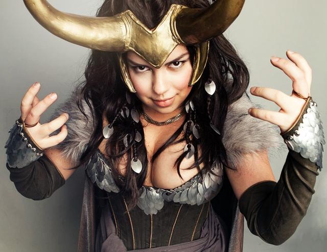 Ngắm thần lừa lọc Loki hóa mỹ nhân bốc lửa, 3 vòng đâu ra đấy qua loạt ảnh cosplay gợi cảm - Ảnh 19.