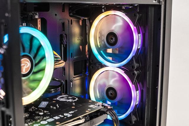Sử dụng và lắp quạt tản nhiệt thế nào để làm mát máy tính trong mùa hè nóng nực? - Ảnh 1.