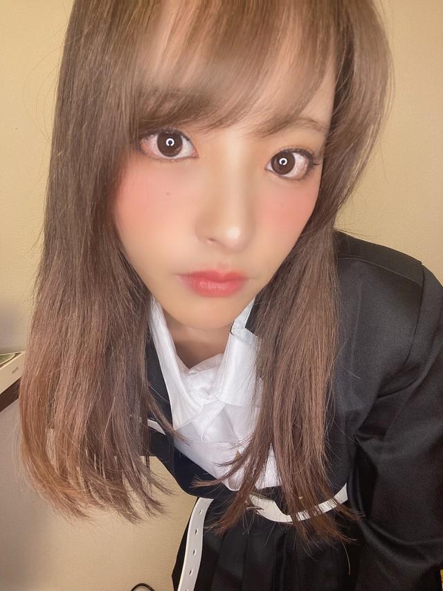 Ngắm mỹ nhân 18+ Nhật Bản Kana Momonogi cosplay Luyến Trụ trong Kimetsu no Yaiba - Ảnh 8.