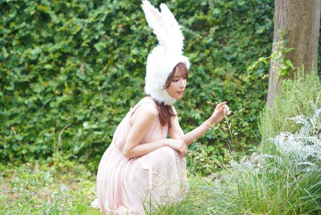 Ngắm mỹ nhân 18+ Nhật Bản Kana Momonogi cosplay Luyến Trụ trong Kimetsu no Yaiba - Ảnh 13.