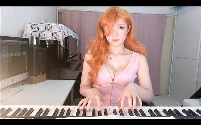 Thay áo liên tục và chơi piano trên sóng, nữ streamer khiến triệu fan vừa sướng tai vừa sướng mắt - Ảnh 5.