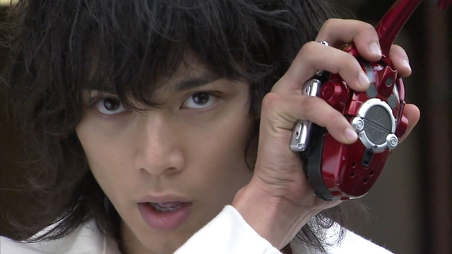 Ngắm bộ ảnh cosplay Kamen Rider Kabuto siêu đẳng cấp của các fan - Ảnh 2.