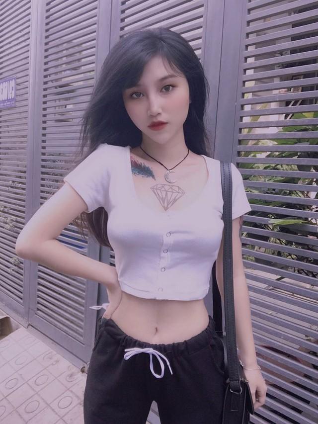 Hút hồn trước nhan sắc của Layla Nguyễn - nữ streamer mang hai dòng máu Việt - Trung: Hát hay, rap giỏi lại sexy khó cưỡng - Ảnh 3.