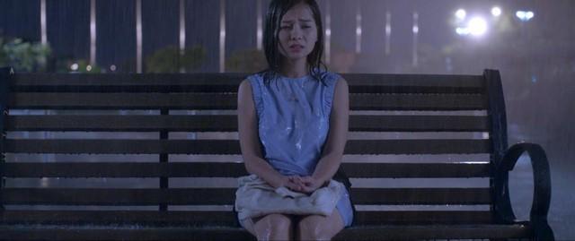 Trailer Tôi Là Não Cá Vàng: Em hết đãng trí chưa? Người yêu mới nhắn tin hỏi nhưng Khánh Hiền không muốn trả lời - Ảnh 2.