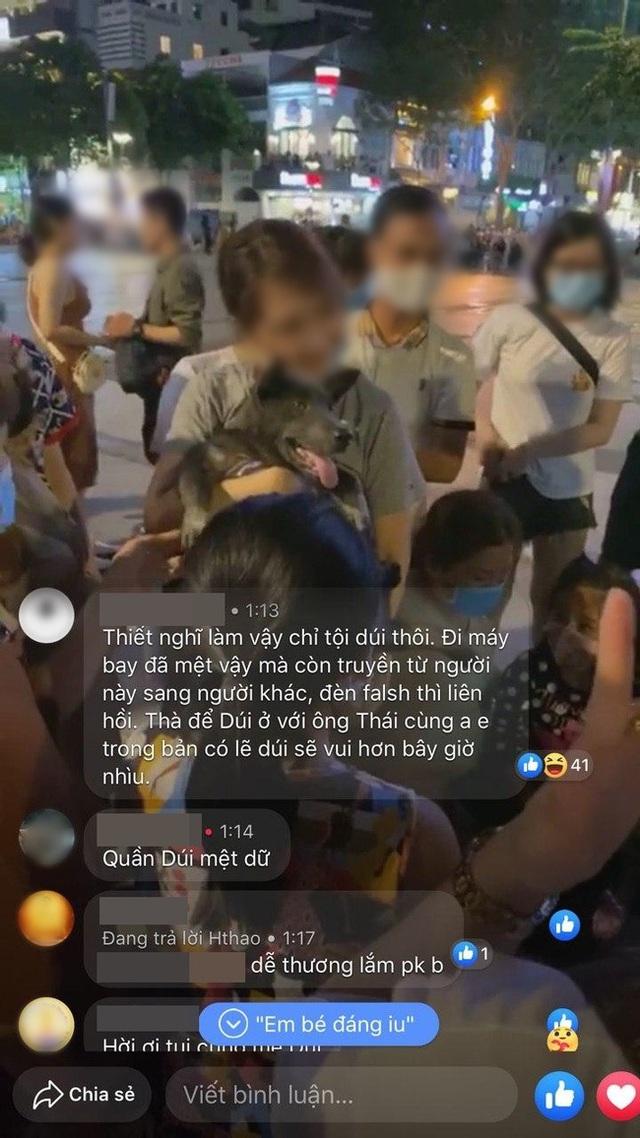 Boss Nguyễn Văn Dúi vào Sài Gòn du lịch, bị fan hâm mộ quây kín phố đi bộ Nguyễn Huệ và lặp lại cùng một hành động khiến dân mạng bức xúc - Ảnh 12.
