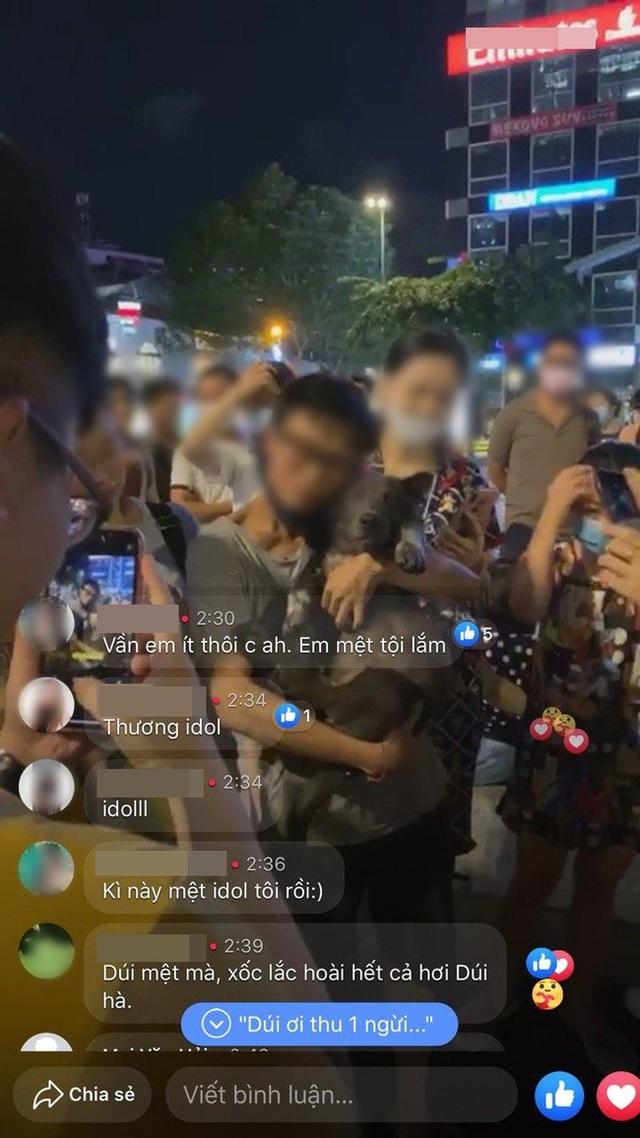 Boss Nguyễn Văn Dúi vào Sài Gòn du lịch, bị fan hâm mộ quây kín phố đi bộ Nguyễn Huệ và lặp lại cùng một hành động khiến dân mạng bức xúc - Ảnh 13.