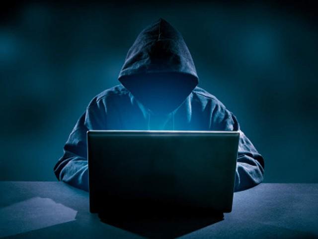 Vì không có tiền để sử dụng Internet, hacker này đã phát tán virus khét tiếng mọi thời đại, gây thiệt hại 10 tỷ USD - Ảnh 1.