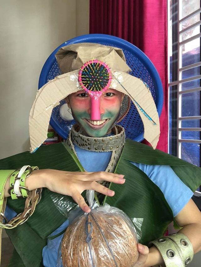 Cosplay phong cách cây nhà lá vườn, nữ game thủ Việt bất ngờ được cộng đồng quốc tế hết lời khen ngợi - Ảnh 11.