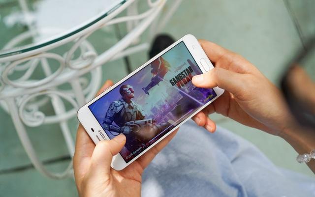 """Top smartphone """"ngon, bổ, rẻ"""" dành cho game thủ muốn chơi game ổn định nhưng ngân sách lại eo hẹp - Ảnh 7."""