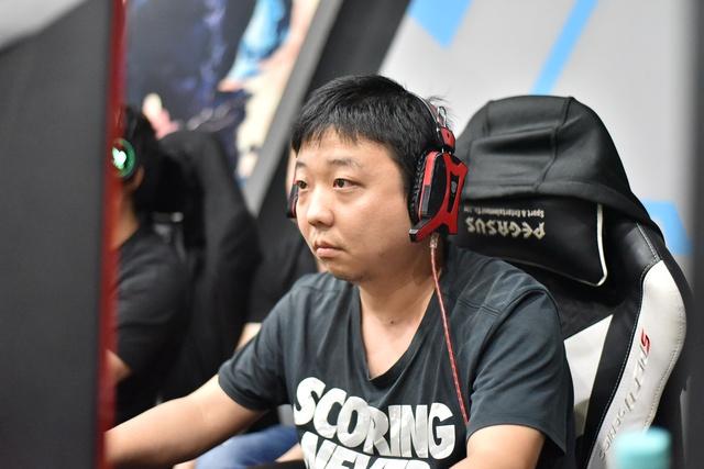 AoE: Nhìn lại chiến thắng của ShenLong trước Chim Sẻ Đi Nắng, Thần Long vẫn là bậc thầy về cơ cấu tài nguyên - Ảnh 1.