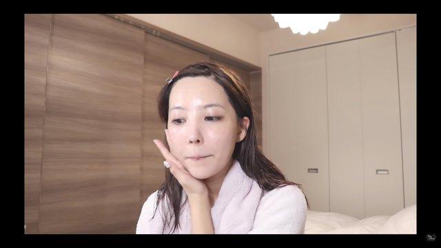 Yua Mikami bất ngờ để lộ nhan sắc thật chưa qua trang điểm, fan hâm mộ sững sờ, kinh ngạc - Ảnh 3.