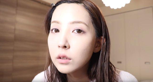 Yua Mikami bất ngờ để lộ nhan sắc thật chưa qua trang điểm, fan hâm mộ sững sờ, kinh ngạc - Ảnh 4.