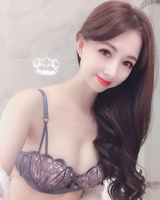Đang được khen xinh khi đăng ảnh đeo khẩu trang, nàng hot girl bất ngờ trưng ra gương mặt thật khiến cộng đồng mạng đứng hình - Ảnh 10.