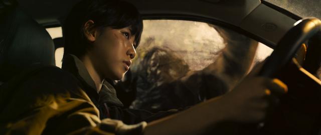 Ám ảnh cực độ với trailer Train to Busan 2: Khi kẻ sống sót biến chất, lấy đồng loại và zombie làm thú tiêu khiển - Ảnh 5.