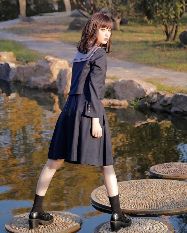 Xuất hiện đầy thần thái trong bộ ảnh mới, hot girl nữ sinh khiến dân mạng phát sốt, rần rần xin info - Ảnh 4.