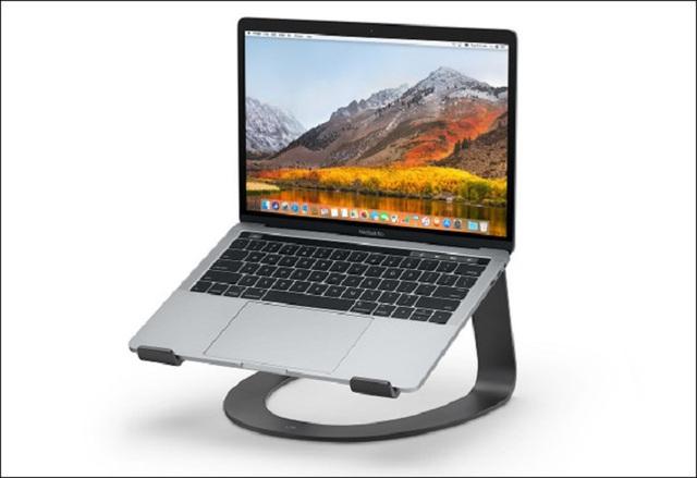 Cần làm gì để cứu laptop nếu nhỡ tay làm đổ nước hay cà phê? - Ảnh 4.