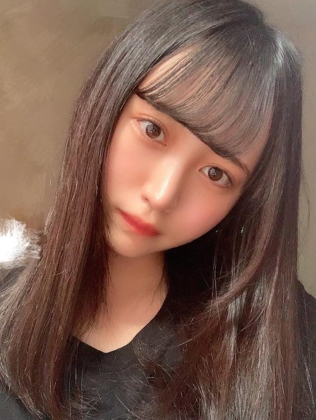 Ngắm nhan sắc trong trẻo của Rikka Ono, tiểu mỹ nữ sinh năm 2002 của làng phim 18+ Nhật Bản - Ảnh 10.