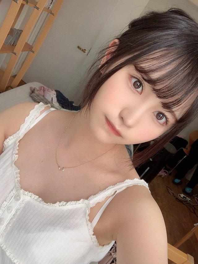 Ngắm nhan sắc trong trẻo của Rikka Ono, tiểu mỹ nữ sinh năm 2002 của làng phim 18+ Nhật Bản - Ảnh 15.