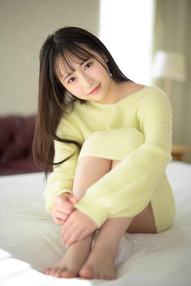 Ngắm nhan sắc trong trẻo của Rikka Ono, tiểu mỹ nữ sinh năm 2002 của làng phim 18+ Nhật Bản - Ảnh 8.